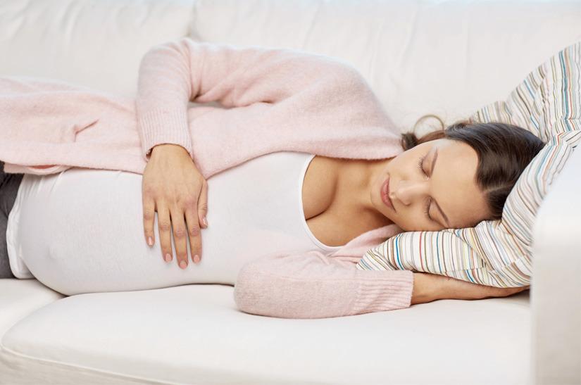 mejor posicion para dormir cuando estas embarazada